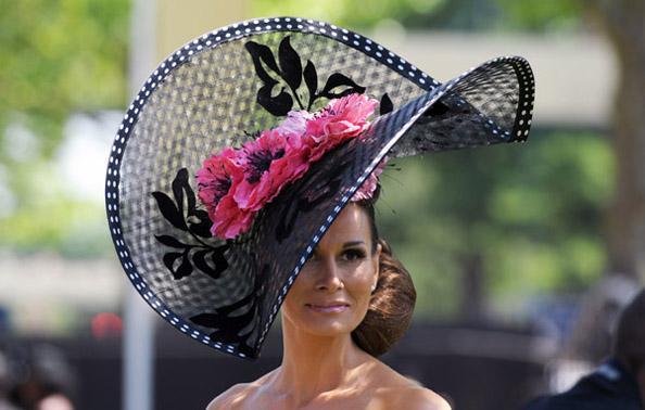 Необычная шляпка своими руками