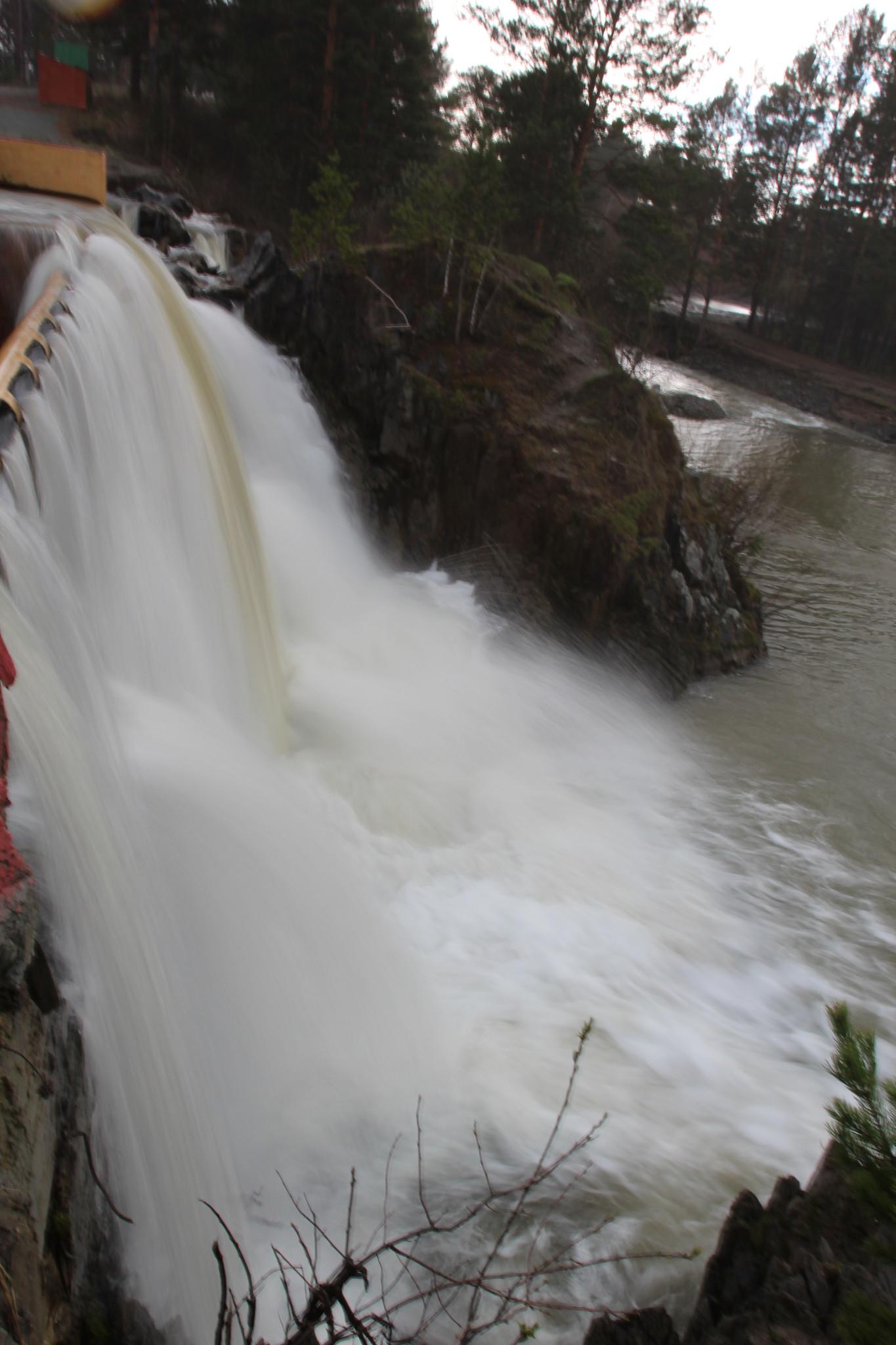 карпысак водопад фото зимой характеристиками